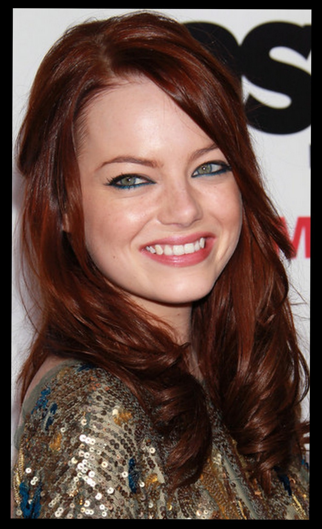 Emma Stone sports new strawberry blond hair color
